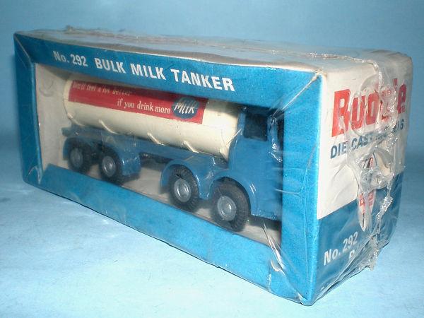 Budgie No.292 Bulk Milk Tanker in sealed pack
