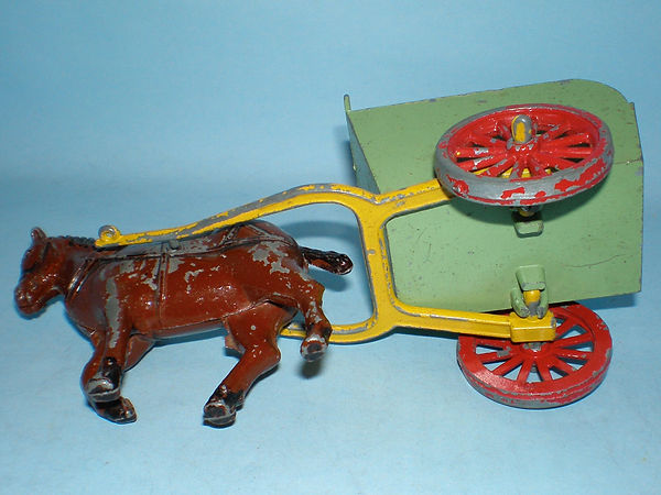 Benbros Qualitoys Farm Hay Cart
