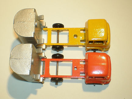 Budgie Miniatures No.24 Refuse Truck - chassis variations