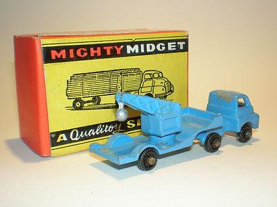 Benbros Mighty Midget No.44 Low Loader with crane