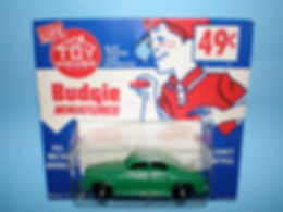 Budgie Miniatures No.19 Rover 105 - Toy House blister-pack