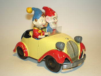 Morestone Budgie Noddy & His Car (large)