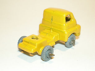 Benbros No.43-48 Bedford Cab - yellow