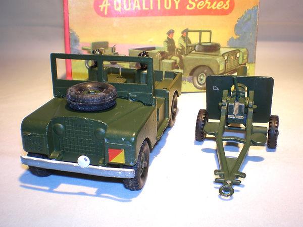 Benbros Qualitoys Land Rover & Field Gun