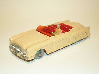 Budgie Miniatures No.14 Packard Convertible - variatiuon 1