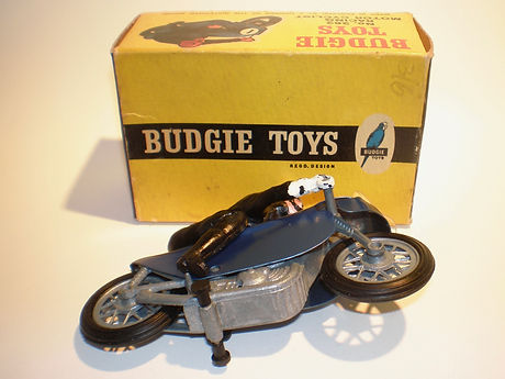 Budgie No.262 Racing Motorcyclist