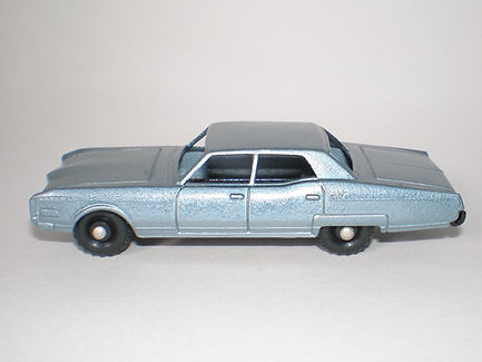 Budgie Miniatures No.21b Oldsmobile Town Sedan