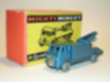 Benbros Mighty Midget No.33 AEC Breakdown Lorry