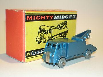 Benbros Mighty Midget No.33 AEC Breakdown Lorry