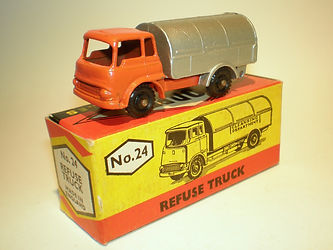 Budgie Miniatures No.24 Refuse Truck - orange