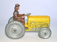 Benbros Qualitoys Ferguson Tractor