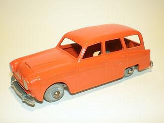Budgie Miniatures No.15 Austin Countryman - variation 3