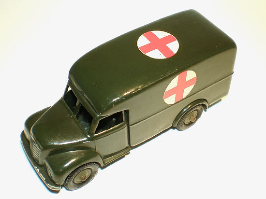Britains Lilliput Vehicle Series LV/618 Army Ambulance