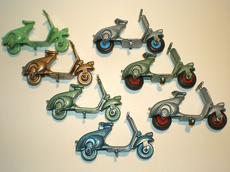 Benbros No.15 Vespa Scooter colours