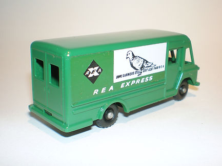 Budgie Miniatures No.57 REA Express Delivery Truck