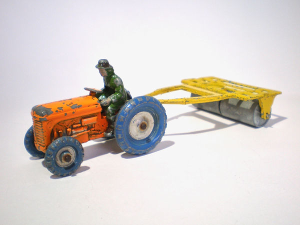 Benbros Qualitoys Farm Tractor and Roller