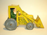 Benbros Qualitoys Tractor with Shovel