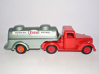 Benbros Qualitoys No.224 Articulated Tanker