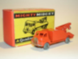 Benbros Mighty Midget No.33 Bedford Breakdown Lorry
