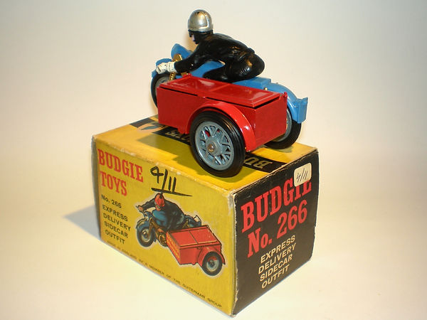 Budgie No.266 Express Delivery Motorcycle Sidecar Outfit