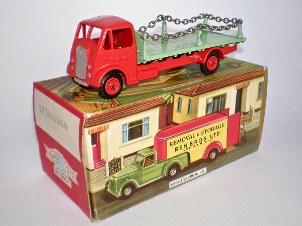 Benbros Qualitoy Flat Truck with Chains - red & green variation