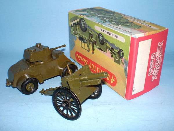Benbros Qualitoy A105 Armoured Car & Field Gun