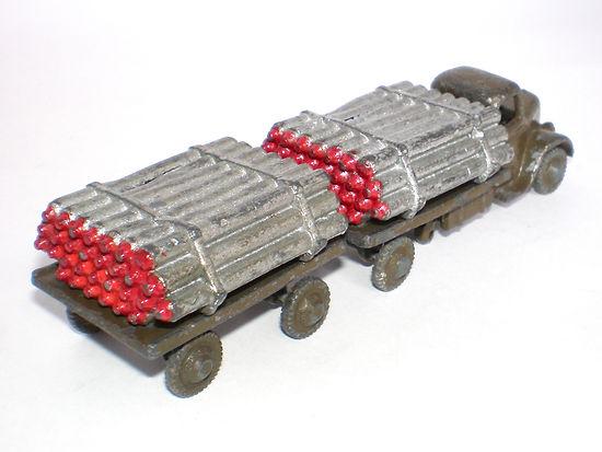 Britains Miniature Vehicle No.1879 Gas Cylinder Lorry & Trailer