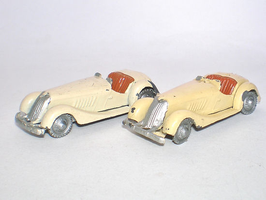 Britains Lilliput World Vehicle Series LV/601 Open Sports Car