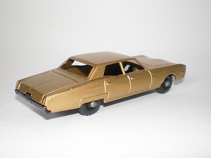 Budgie Miniatures No.21b Oldsmobile Town Sedan