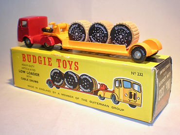 Budgie No.232 Low Loader with Cable Drums