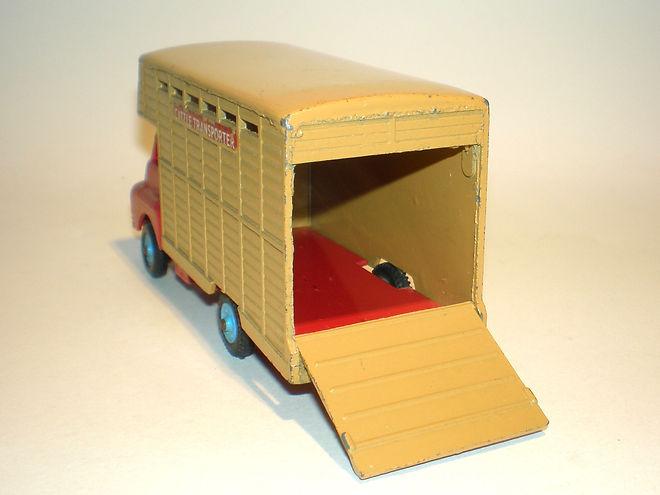 Benbros Zebra Toys Cattle Truck