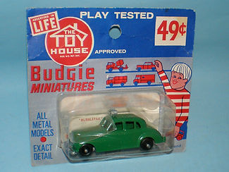 Budgie Miniatures No.5 Police Car - Toy House blister-pack