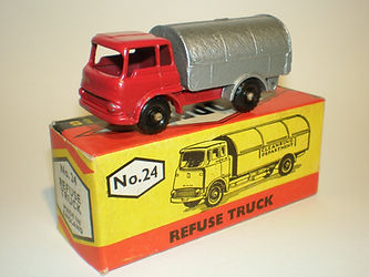 Budgie Miniatures No.24 Refuse Truck - red