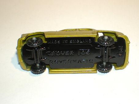Budgie Miniatures No.19 Rover 105 base