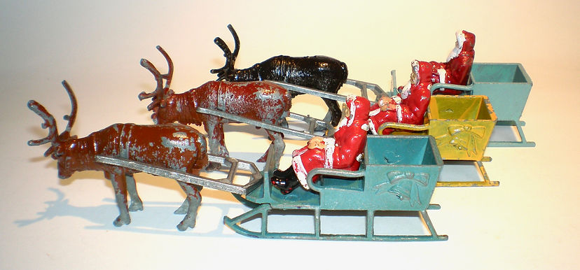 Morestone Father Christmas Reindeer Sleighs