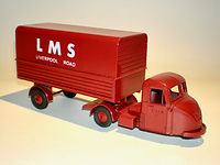 Budgie No.702 Scammell Scarab Articulated Van
