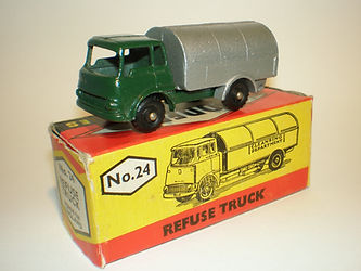 Budgie Miniatures No.24 Refuse Truck - dark-green
