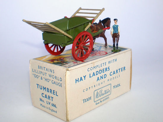 Britains Lilliput World Vehicle Series LV/606 Tumbrel Cart
