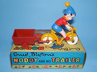 Budgie Toys Noddy & His Trailer