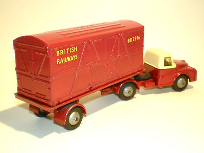 Budgie No.252 British Railways Container Transporter
