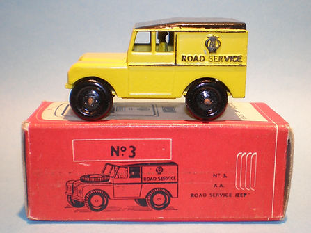 Morestone Esso Petrol Pump Series No.3 AA Road Service Land Rover
