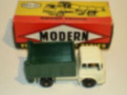 Budgie Miniatures No.21a Tipper Tuck