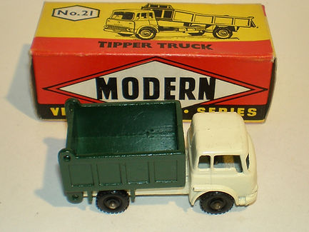 Budgie Miniatures No.21a Tipper Tuck