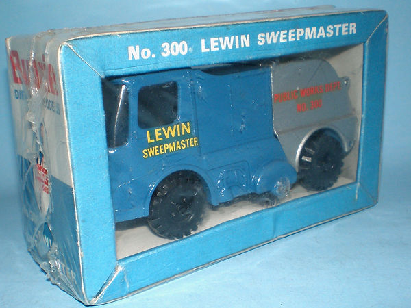 Budgie No.300 Lewin Sweepmaster in sealed pack