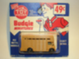 Budgie Miniatures No.22b Cattle Truck - Toy House blister-pack