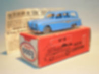 Morestone Esso Petrol Pump Series No.15 Austin Countryman - blue variation