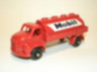 Budgie Miniatures No.55 Mobil Tanker