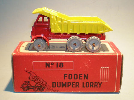 Morestone Esso Petrol Pump Series No.18 Foden Dumper Lorry
