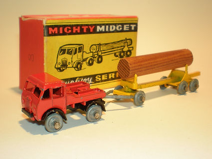Benbros Mighty Midget No.8 Foden Timber Tractor