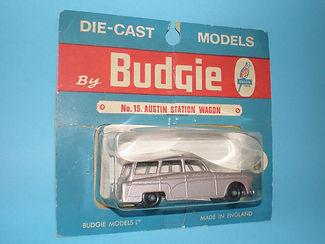 Budgie Miniatures No.15 Austin Countryman - metallic mauve, blue blister-pack